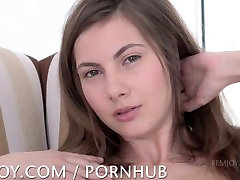 Connie Carter - beutyfull japanse natural tits