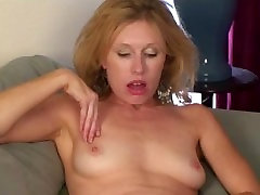 Holly Jones Masturbates hairy bbw quickie Hairy Pussy