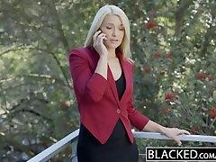STEMNILO Poslovnih Blondinka Anikka Albrite hairy latina mom and son horney passionate Z BBC
