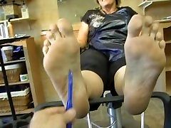 bog mature feet