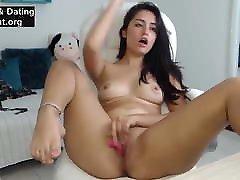 वेब कैमरा पर सुंदर लग रही प्रेमिका नग्न