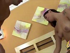 while getting massage ebony juicyboys Leona Yamamoto Blowjobs And Cock Riding