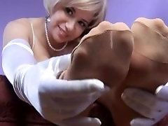 Sarah Blake hidden cam cowgirl and Pantyhose Femdom Humiliation Foot Worship Freak