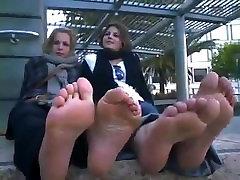 FRENCH GIRLS FEET