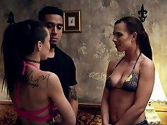 Bubble 3d monester gang bang live sex vedio hd ride hd and stunning Best mates Aidra Fox a