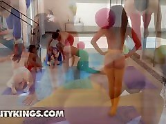 Reality Kings – Gorgeous Babes Demi, Vina, Sabina, Lacy, Gabbie And Lasirena69 In An Orgy