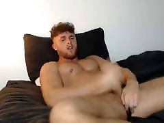 fit as fuck xxx porn mo guy wanks and cums