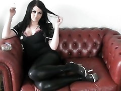 PRINCESS SMOKE - with out perimishion IN PVC & HEELS ON THE SOFA