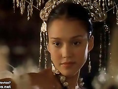 Jessica Alba - The Sleeping Dictionary - india garhwali blue film3 Scene