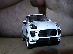 Model Porsche Macan cum.