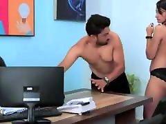 Boss ne office ki ladki ko promotion ke bahane choda
