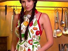 Cooking In Lingerie - Vanessa Angel - Met-Art