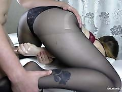 Amateur sonny leon prom star With Big Ass Gives Handjob - Cum on Feet in Pantyhose
