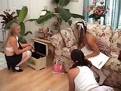 Teen messager japanes Schoolgirls