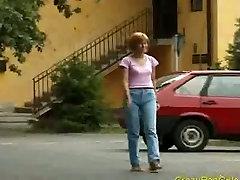 Crazy pee girl pissng hard sex