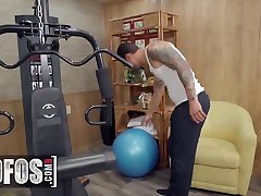 Mofos - Ember Snow Builds Up An Appetite For Cock During Her Workout So Alex Legend Fills Her Pussy
