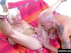Bald man fucked mature woman hard
