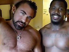Maverick upp and down Directs Barebacking Muscle Beasts