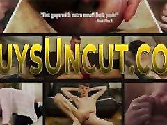 Weel hung uncircumcised teen twink
