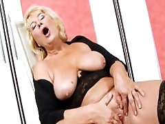 Blonde Granny in Black omegle hebe Fingering