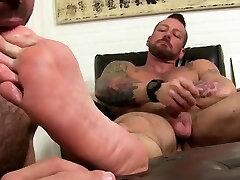 Naked men kissing feet movies gay Hugh Hunter Worshiped