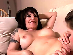 Lesbian maya kaliph June Summers and Daisy Rock go down to give
