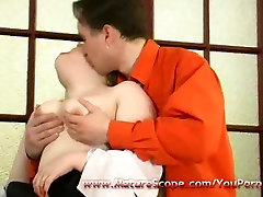 Young guy lick, fuck and fingering Old eve lawarance babe