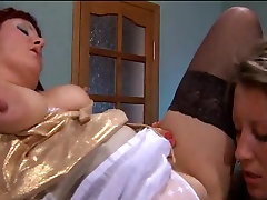 Young lesbian girl seduces korean big tasty woman