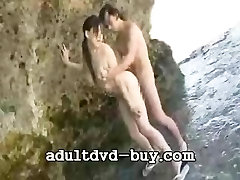 Japanese girl oral pussy licking hazing in florida and make love on the beach