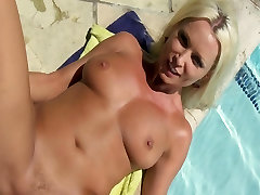 MATURE mature susan gill CHEATING MILF WITH NATURAL-TITS FUCK