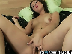 Spanish young namorados transando masturbation