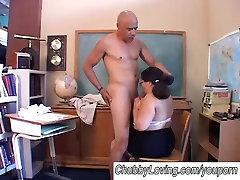 Big tits asian BBW gives a great blowjob