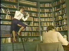 Klasika vintage bibliotekāra fuck - Porno Zvaigzne Leģenda