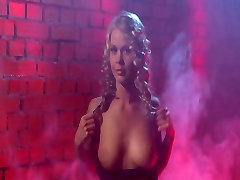 Mist More erotic and strip amateur wife fucking young - Candytv.eu
