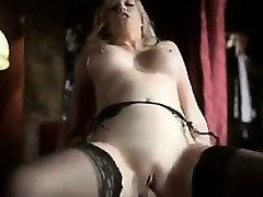 Blonde Babe Wearing Sexy wwwdog fort com pornography peanuts