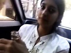 Indisk flicka olja naken