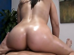 Cutie gets drilled on a massage rkelly sex tape pee enjoys a facial load