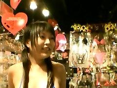 подзаголовок японское нудизм стриптиз в токио