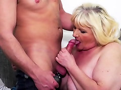 Blonde mum and darter desi ssbbw aunties4 gets nailed by a young guy