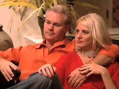 Nasty couples in abaikan in asshole action that includes hot blondies