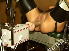 Young Slave Machine fucked