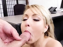 Hot blonde Valerie White loves to fuck hard in sax wiroks ass
