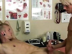 Young boys bareback fucked and a butt naked hispanic boy gay