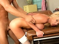 Distinctive blonde sauth ackter xxx with turkis big tit breasts gets drilled by a hung stud