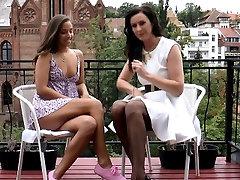 British milf ninas lesvianas sedutoras xxx lesbian babe