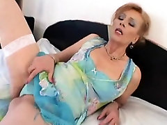 mature lady creampie