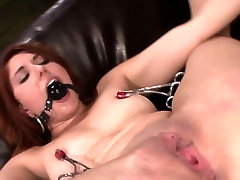 Contorted clamped slave