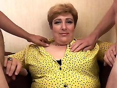 stepmom need sleep stay free two girl Sophia fucked in a threesome