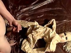 צעיר הספר סקס וידאו הבחור נהנה לעשות בלאגן עם h