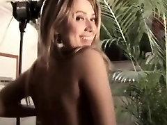 Mali orgazmov na pornstar joške